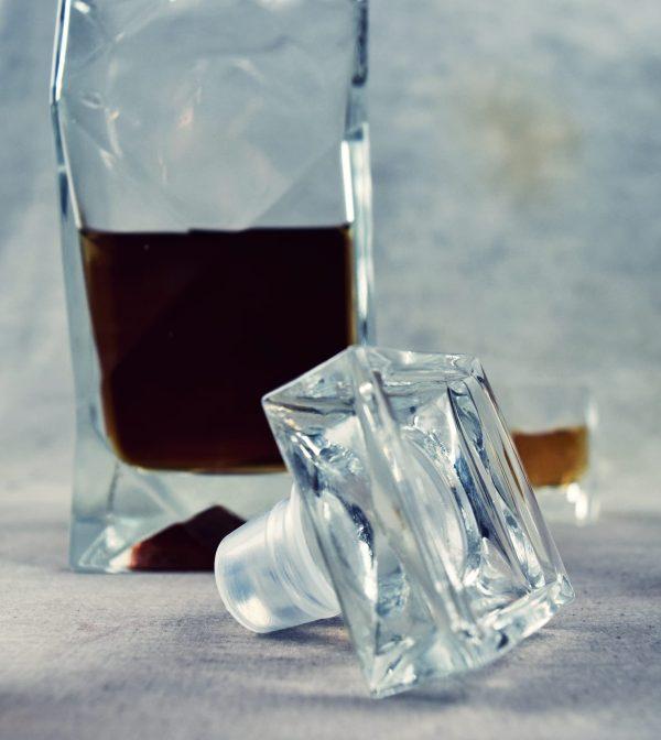 korek szklany do karafki lamanej na whisky
