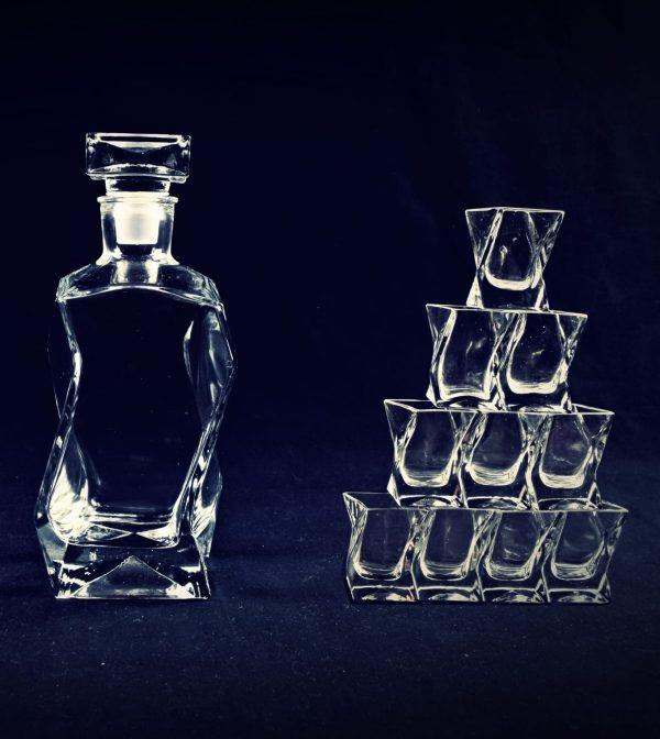 zestaw kieliszkow do whisky i karafka lamana