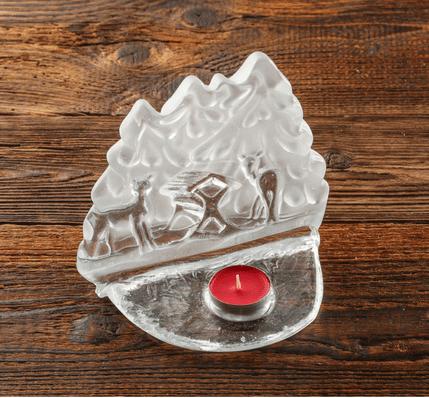 szklany swiecznik dekoracyjny krajobraz lesny