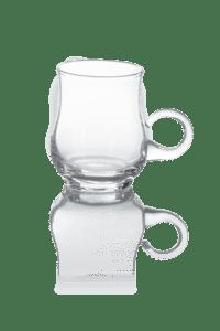 Cienka przezroczysta szklanka z uchem do boli